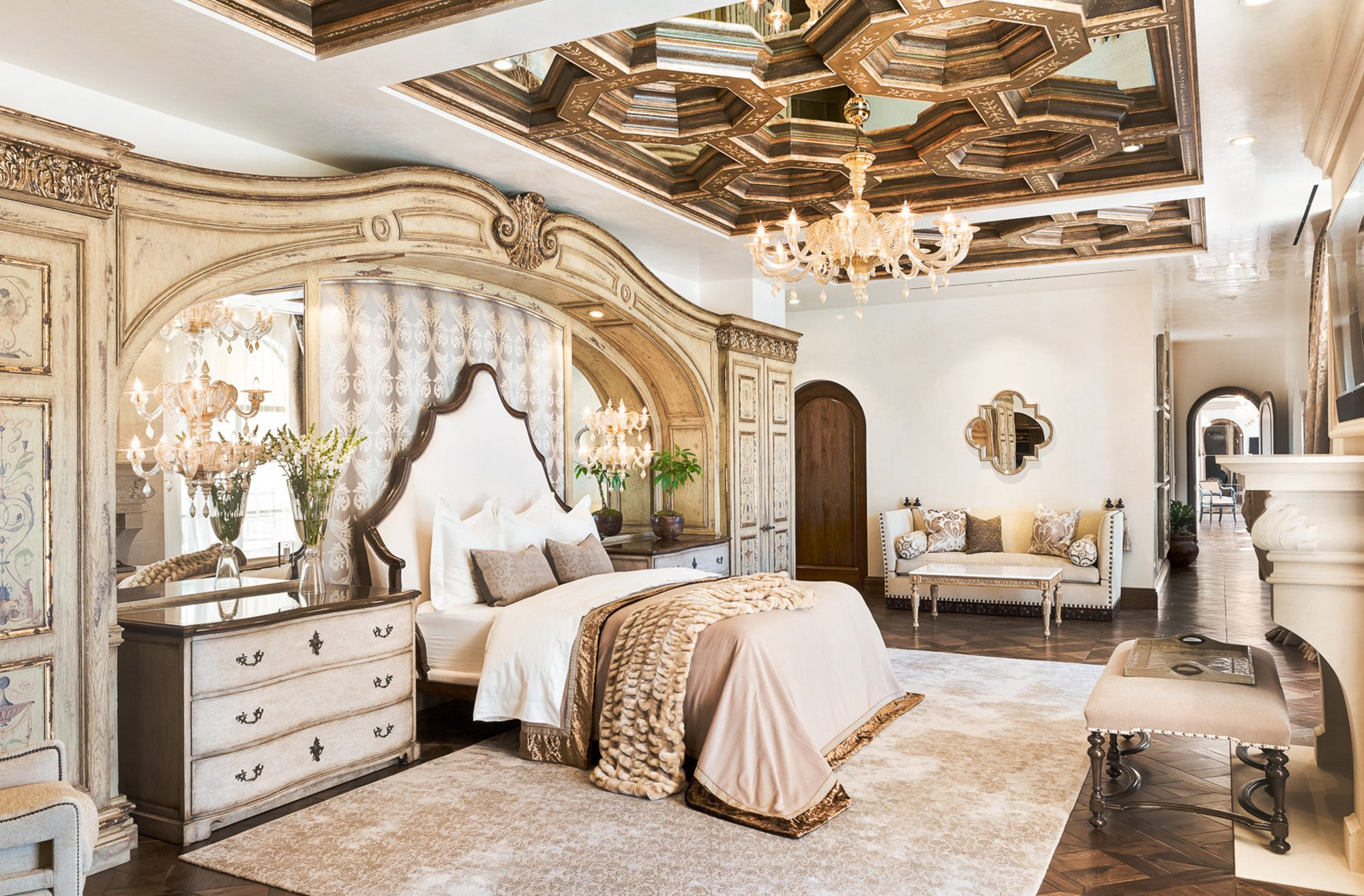12-tara-dudley-interiors-renaissance-revival-master-suite-002-copy